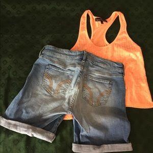 Hollister Shorts - Hollister Shorts/Razorback Tank